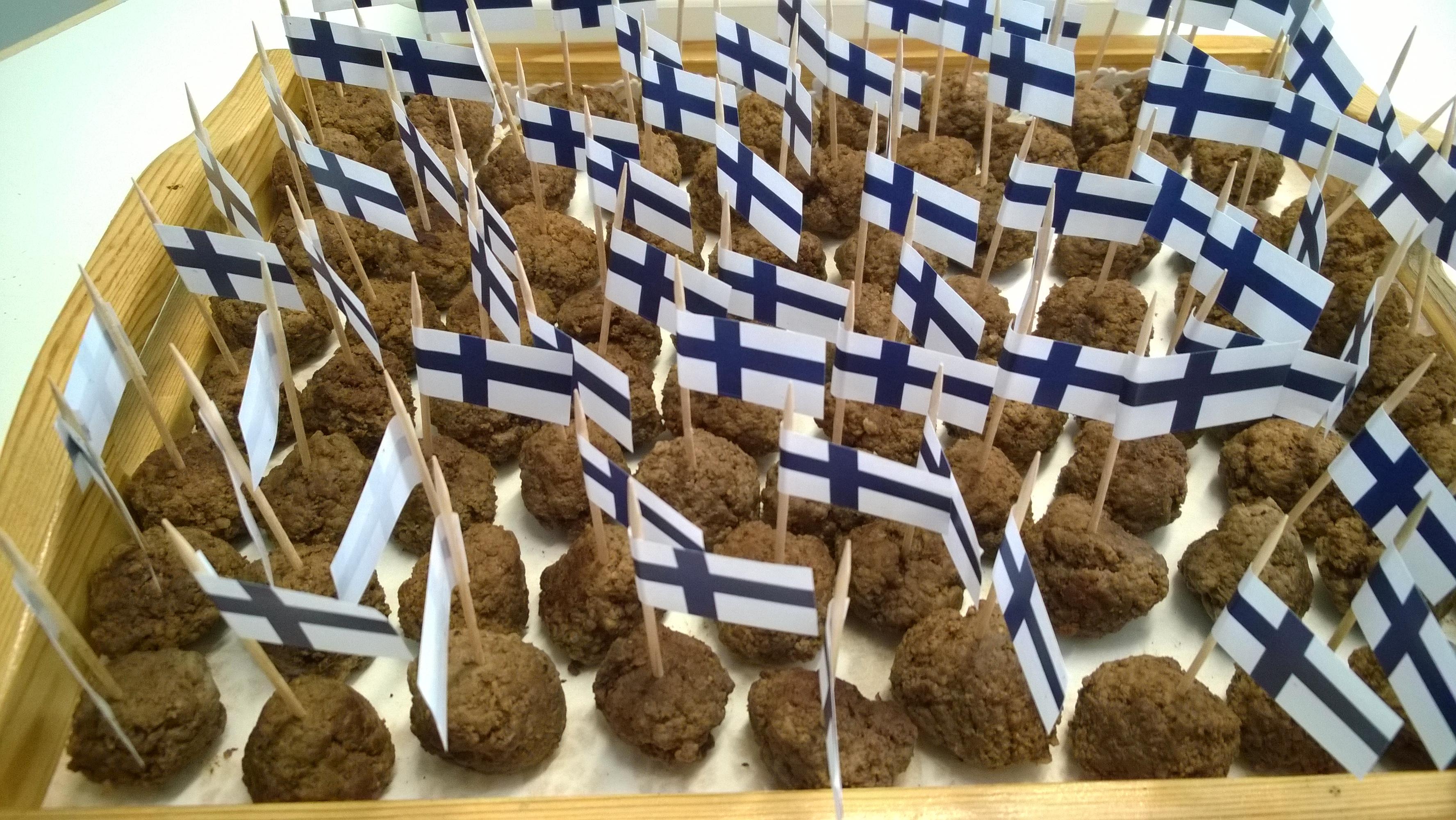 Innalanmäen Tilan ylämaankarjan lihapullat- Suomi 100 vuotta