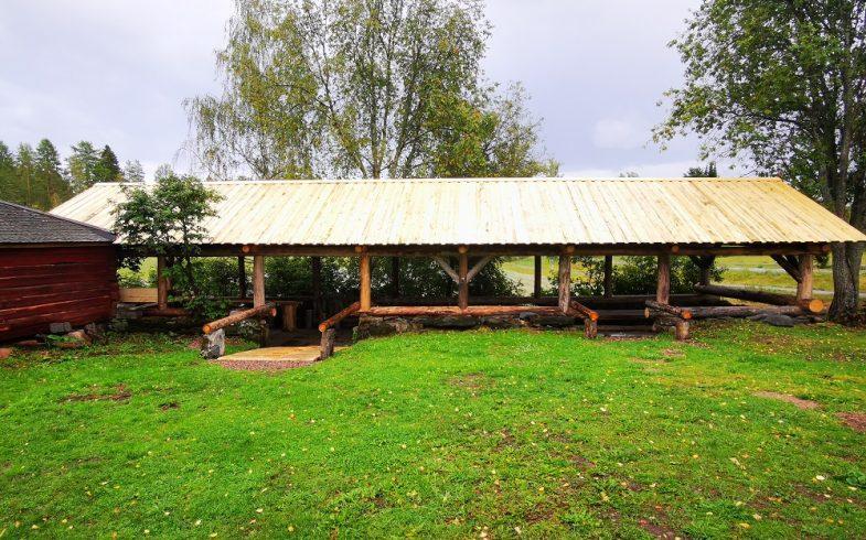 Röytyn pihaton katto tervataan 1-2.6.2020 (maanantai-tiistai) klo 09.00 alkaen